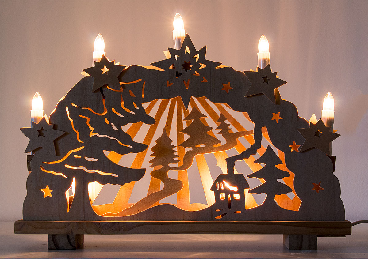 wie dekoriert man fenster weihnachtlich wundersch ne dekotipps. Black Bedroom Furniture Sets. Home Design Ideas