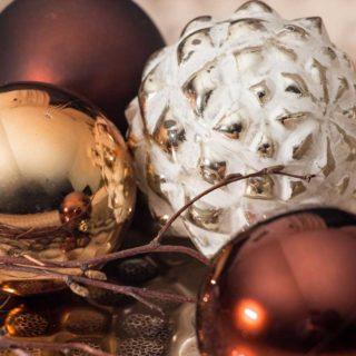 Weihnachtskugeln f r den weihnachtsbaum und als deko for Weihnachtskugeln altrosa
