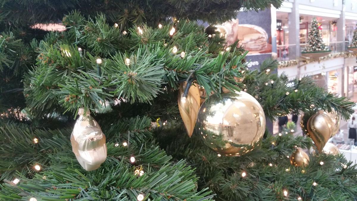 Künstlicher Weihnachtsbaum - die schöne Alternative - Tipps & Angebote
